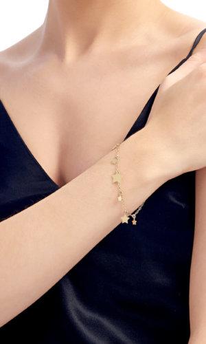 18K Gold Bracelet With Gold Stars By Lily Flo
