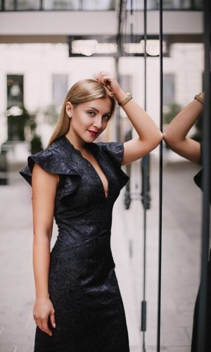 Valeria Midi Dress By Anna Netter