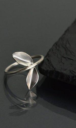 Silver Leaf Ring II.