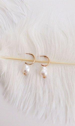 Diana Baroque Pearl Drop Hoop Earrings