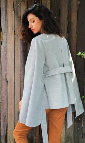 Long sleeve cape belt coat